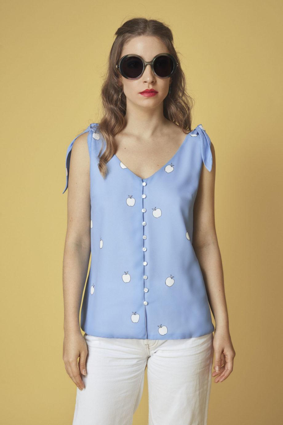 blusa-de-asas-color-azul
