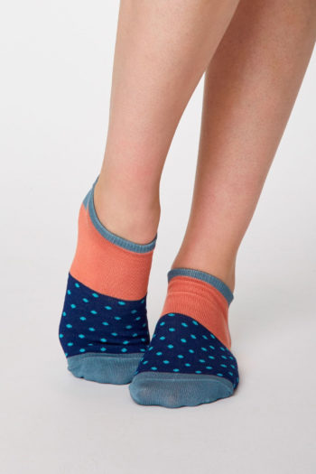 calcetines-de-bambu-ESTHER-Thought-clothing