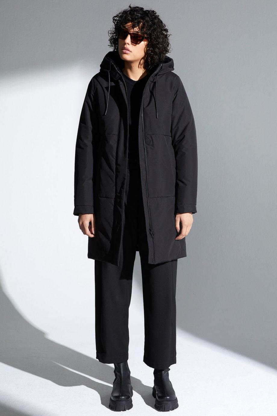 abrigo-tiril-black